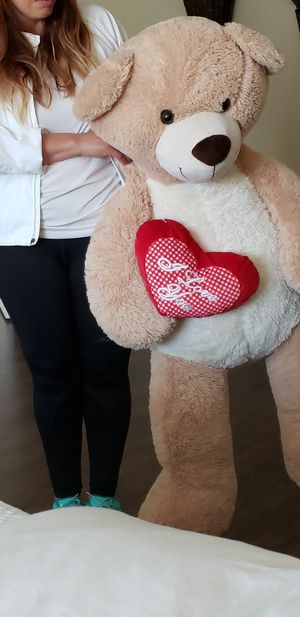 4 ft+ teddy bear. for Sale in Moreno Valley, CA