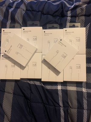 10 Original 1m Lightning Chargers for 40$ Blowout Sale!! for Sale in Pembroke Pines, FL