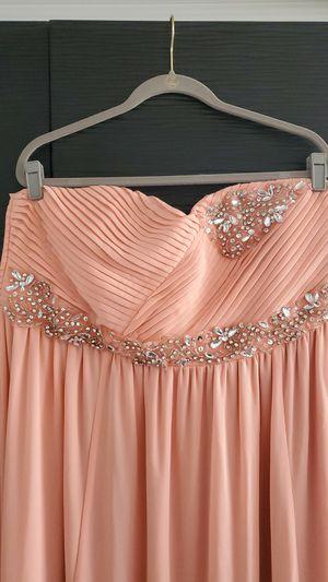 Gorgeous plus size (20) fancy floor length dress (prom, wedding, dinner) for Sale in Denver, CO