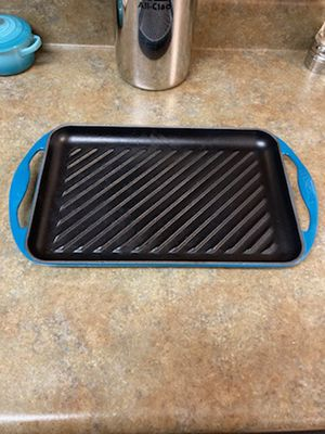 Le creuset cast iron grill for Sale in Vienna, VA