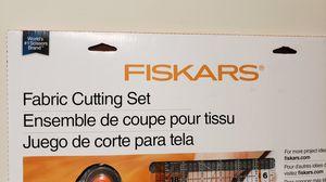 Fabric cutting kit brand new for Sale in Battle Creek, MI