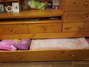 Twin bunk bed, with desk, comes with one matress 7 drawers for Sale in Union City, NJ