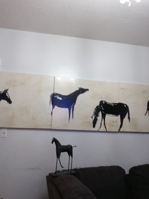 (One of a kind)Huge Horse wall decor/ picture frame and metal horse for Sale in DORCHESTR CTR, MA