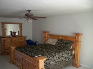 King Bed for Sale in Lithia, FL
