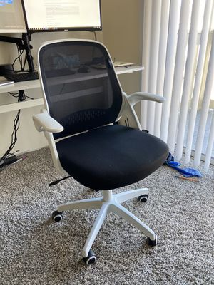 Desk chair for Sale in Denver, CO