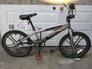MONGOOSE BIKE VERY GOOD CONDITION for Sale in Philadelphia, PA
