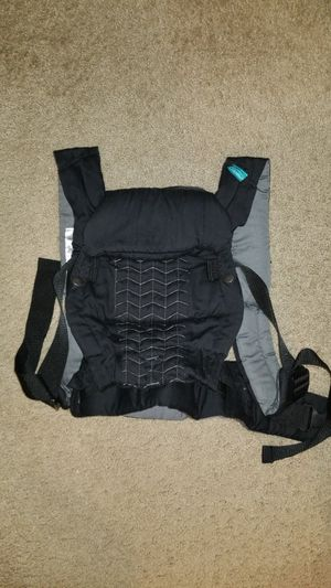Infantino baby carrier for Sale in Gresham, OR