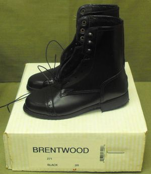 Brentwood Horse Riding Boots Size 2R for Sale in Madison Heights, VA