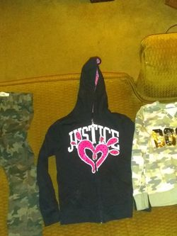 Girls Clothing Levi Justice Size 8 for Sale in Wichita,  KS