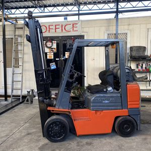 Toyota Forklift 5 Model for Sale in Los Angeles, CA