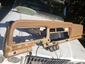 Jeep wagoneer 1973-1979 dash assembly with pad j10 j20 cherokee chief for Sale in Claremont, CA