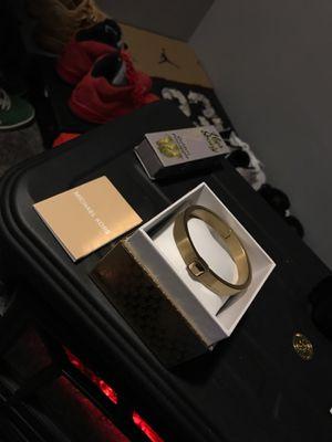 michael kors bracelet for Sale in Cleveland, OH