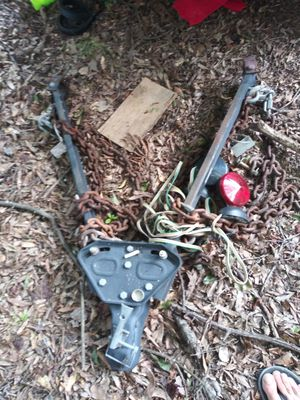 Tow bar with lights for Sale in Charlotte, NC