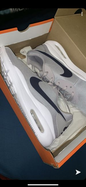 Nike Air for Sale in Des Plaines, IL