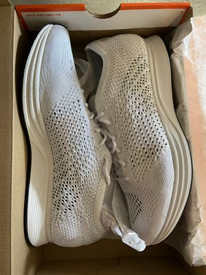 Nike Flyknit Racers for Sale in Pittsburg, CA