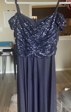 Navy Formal Dress Size 4 for Sale in Aurora,  CO