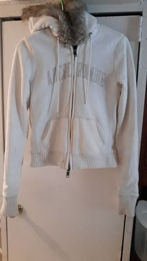 Teenage girl/petite lady jacket size medium for Sale in Tampa, FL