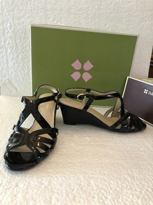 Naturalizer Women's black patent leather sandals size 6.5 M heel 2 inches for Sale in Hialeah, FL