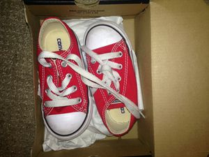 Gently worn red Converse size 7c $20 for Sale in Portland, OR