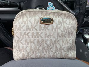 Genuine MK purse for Sale in Cheshire, CT