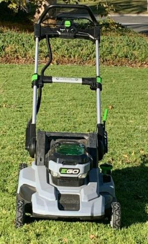 Ego 56 volt electric lawn mower for Sale in Riverside, CA