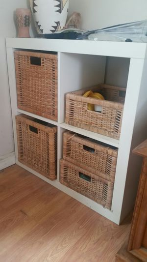 White 4 square cube cabinet shelf bookcase display storage with 4 wicker basket inserts for Sale in Costa Mesa, CA