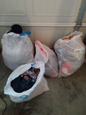 Bags of clothes, Nike, Levi, Jordache, Etc.. for Sale in Smyrna, TN