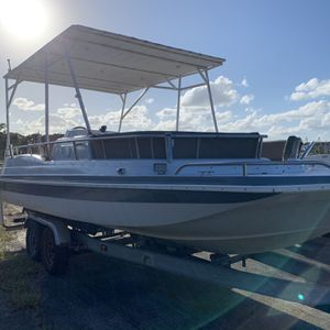 Hurricane Deck Boat With Trailer for Sale in Homestead, FL