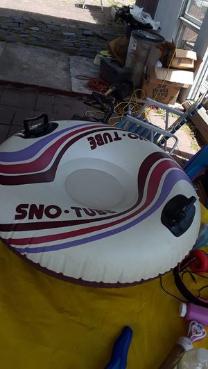 Water and snow tube used but good for Sale in Carteret, NJ