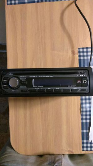 FM/AM Compact Disc Player for Sale in Avon Park, FL