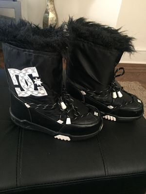 DC Snow Boots for Sale in Philadelphia, PA