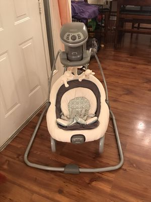 Graco DuetSoothe Swing and Rocker for Sale in Suffolk, VA
