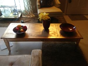 Gold coffee table for Sale in Hannibal, MO