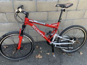"""Woman MNT bikers 🚴♀️ FuLL SuSpeNtIoN ,lightweight 26""""and 21 for Sale in Sacramento, CA"""