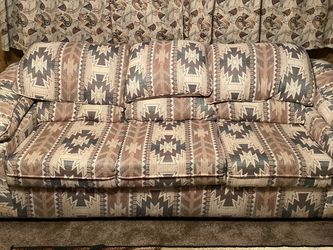 South West Pattern Couch for Sale in Palmdale,  CA