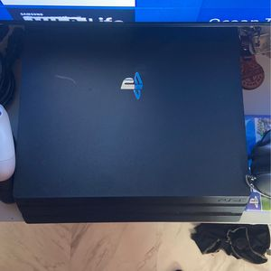 PS4 Pro 1TB for Sale in Brooklyn, NY