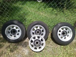 Side steps for a truck or suburban wheels and rims trailer it tilts new tires and new lights for Sale in Saint Cloud, FL