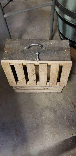 Oak crate for Sale in Hutchinson, KS