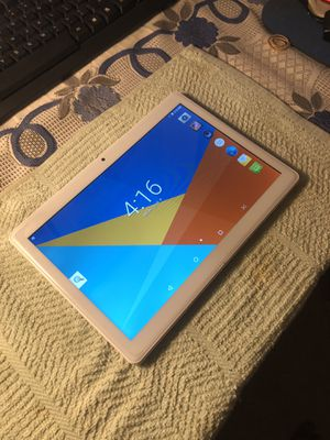 MAITAI 10 INCH ANDROID TABLET COMPUTER WHITE for Sale in Los Angeles, CA
