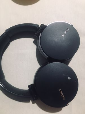 Sony wireless Bluetooth headset for Sale in Houston, TX