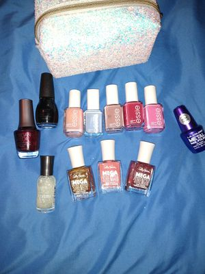 12 piece Nail polish variety pack, with Bath & Bodyworks carrying case for Sale in Winter Haven, FL