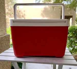 Igloo Cooler for Sale in Las Vegas, NV