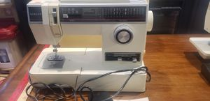 Vintage singer sewing machine 6235 for Sale in Silver Spring, MD