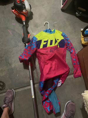 Girl fox dirt bike full gear for Sale in Morgan, UT