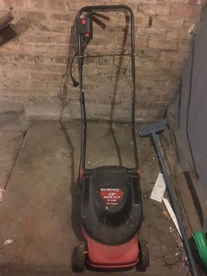Yard Machines electric lawn mower for Sale in Chicago, IL