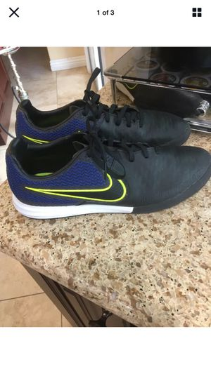 Nike MACISTAX Womens Blue/Black/Neon Yellow Shoe Size 9 (Porter Ranch) for Sale in Los Angeles, CA