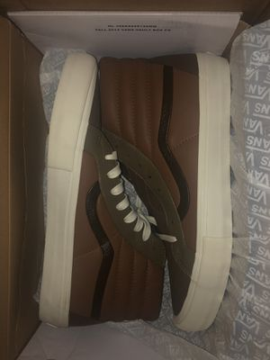 Brand new leather vans for Sale in Oregon City, OR