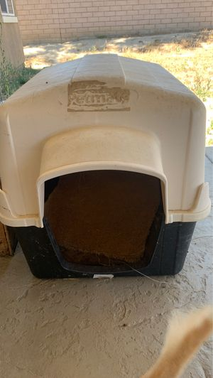 New used dog house for Sale in Beaumont, CA