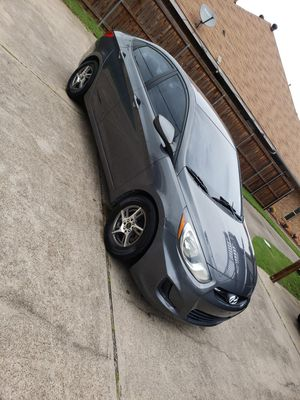 Hyundai accent 2012 clean tittle with 108miles on it for Sale in Dallas, TX