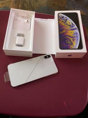 iPhone XS Max 64gb unlocked never used clean imei for Sale in Upper Marlboro, MD